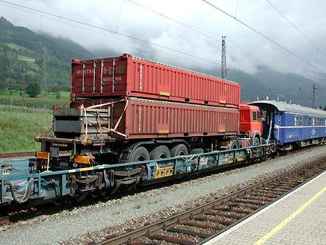 Temporary room modules at Danube-Ries clinic